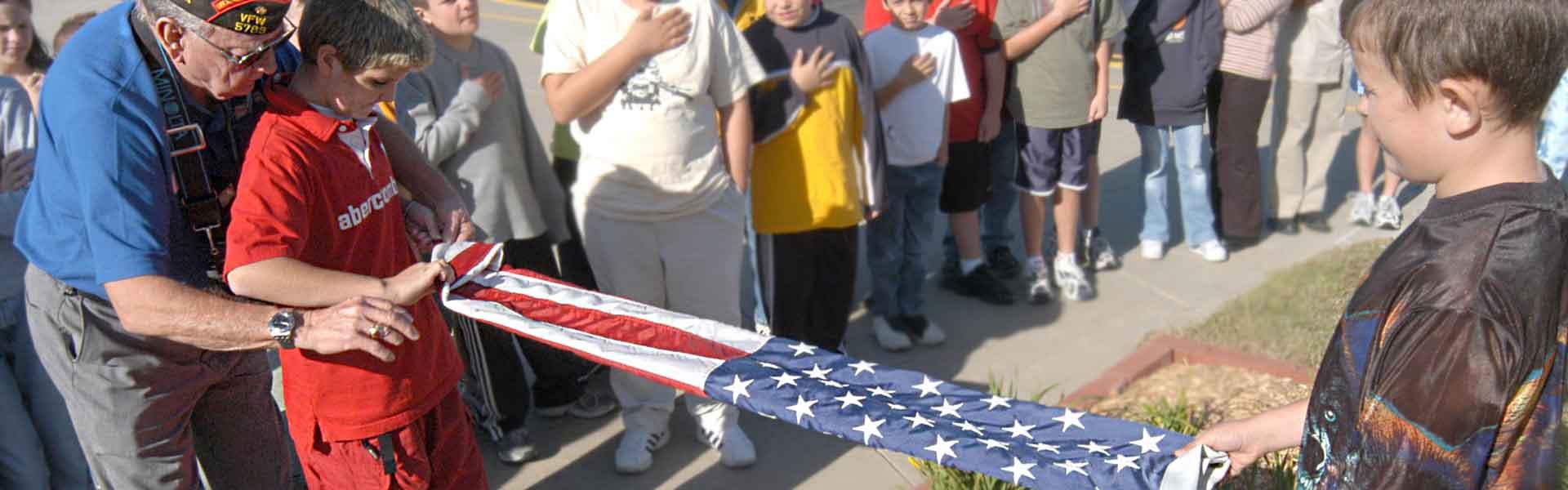 d7ea76fed09 Flag Etiquette - VFW