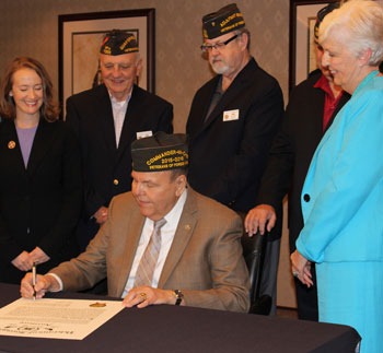 New VFW Auxiliary Welcomes Men