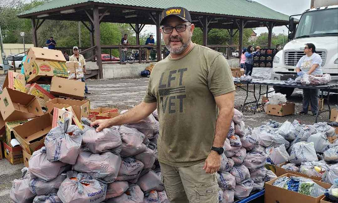veterans collecting food during COVID-19 pandemic