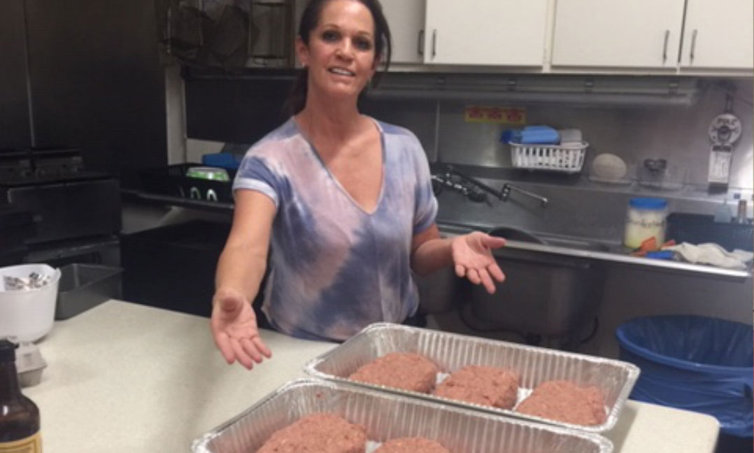 VFW Post feeds meatloaf dinners to veterans during the COVID-19 pandemic
