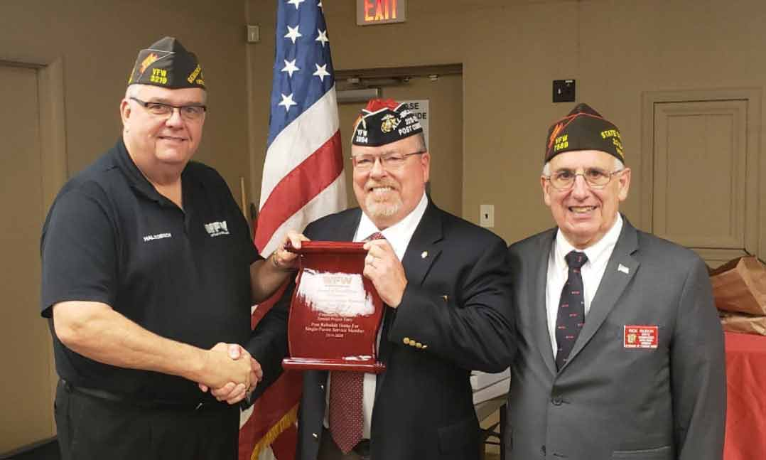VFW Sr. Commander-in-Chief presents the 2020 Fred C. Hall Award