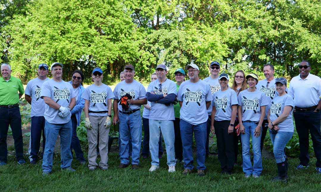 VFW and Humana workers glean crops for Uniting to Combat Hunger campaign